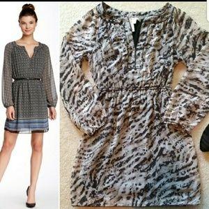 Dresses & Skirts - Max Studio long sleeves dress